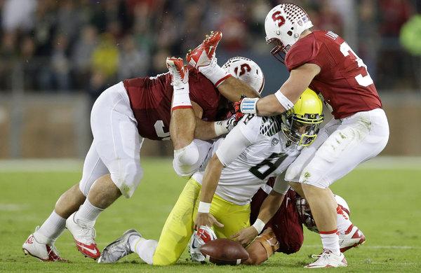 La defensa de Stanford frenó a los Ducks (AP)