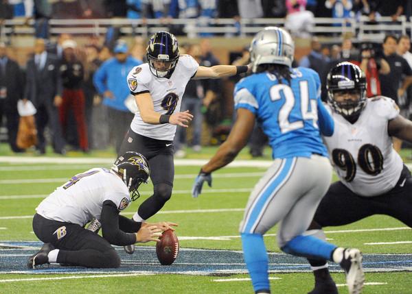 Justin Tucker patea el field goal de la victoria (AP)