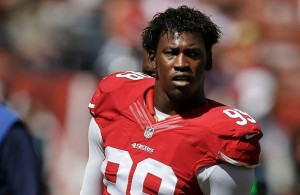 Aldon Smith no aprende la lección. (AP)