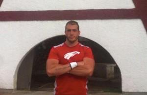 Alex G. Posito en las instalaciones de su nuevo equipo.